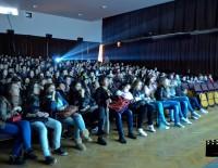 Liceenii au o materie în plus: educaţia cinematografică!