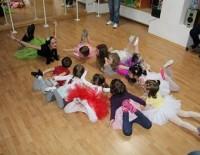 Ultima sansa de inscrieri! –  cursurile de dans si Ju-Jitsu de la Centrul MiniMe al Fundatiei Nadia Comaneci